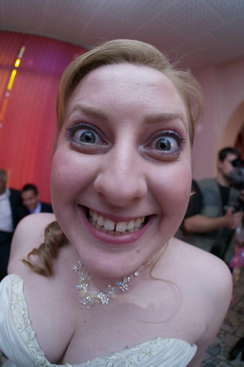 Веселые свадебные мордочкий - невеста.