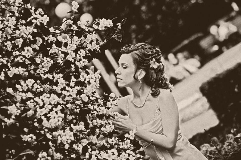 Jazzy-love Свадебная фотография орхидеи в волосах